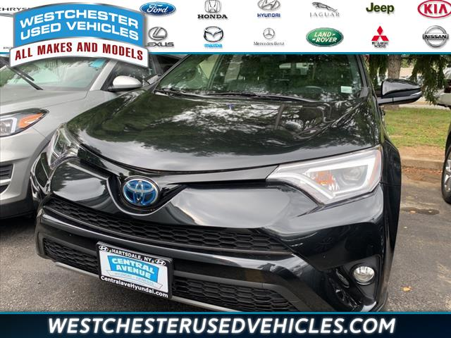 Used Toyota Rav4 Hybrid LE 2018 | Westchester Used Vehicles. White Plains, New York