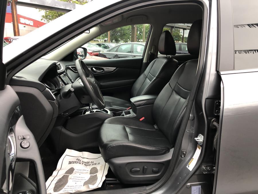 Used Nissan Rogue AWD 4dr SL 2015 | Champion Auto Sales Of The Bronx. Bronx, New York