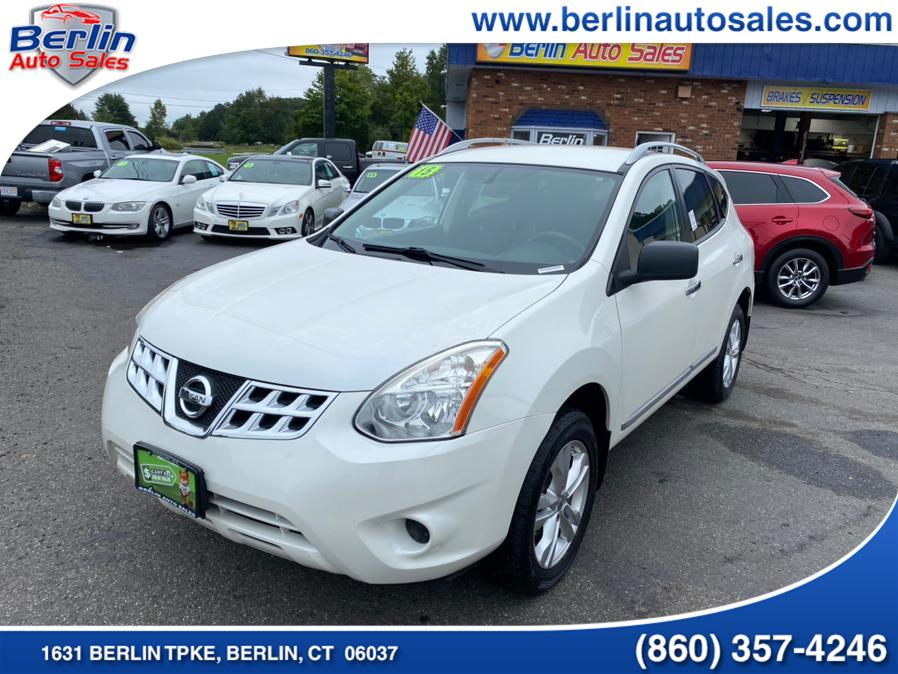 Used 2015 Nissan Rogue Select in Berlin, Connecticut | Berlin Auto Sales LLC. Berlin, Connecticut