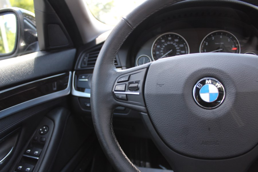 2013 BMW 5 Series 4dr Sdn 535i xDrive AWD, available for sale in Great Neck, NY