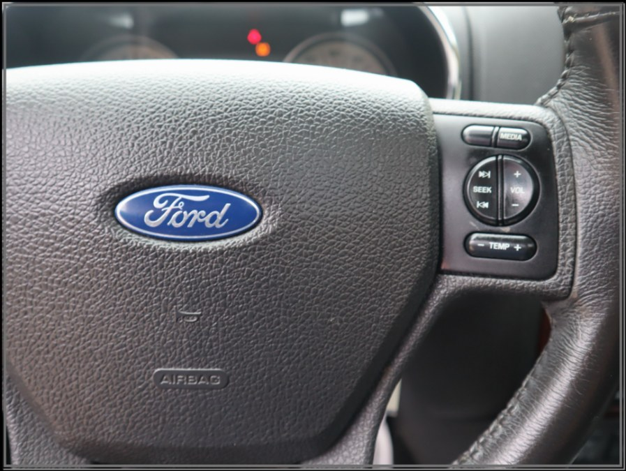 Used Ford Explorer 4WD 4dr V6 Limited 2007   My Auto Inc.. Huntington Station, New York