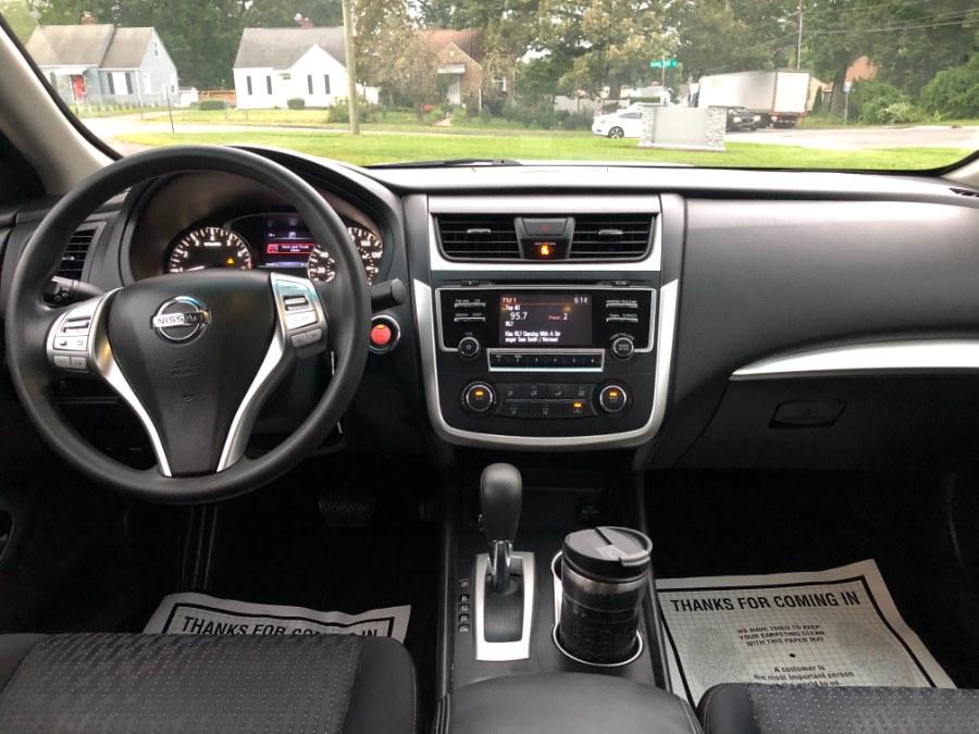 Used Nissan Altima 4dr Sdn I4 2.5 S 2016 | Ledyard Auto Sale LLC. Hartford , Connecticut