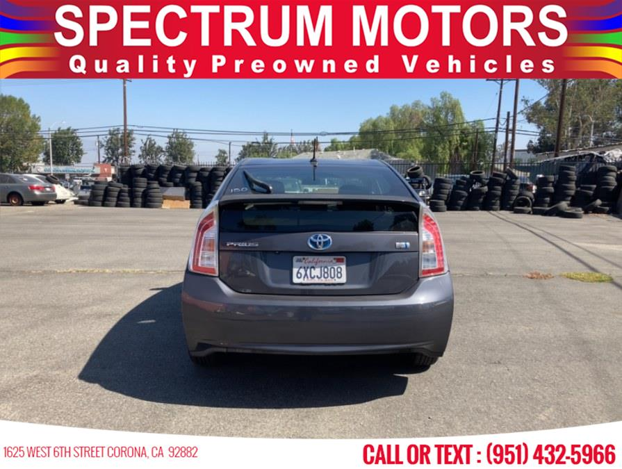 Used Toyota Prius 5dr HB Three (Natl) 2012 | Spectrum Motors. Corona, California