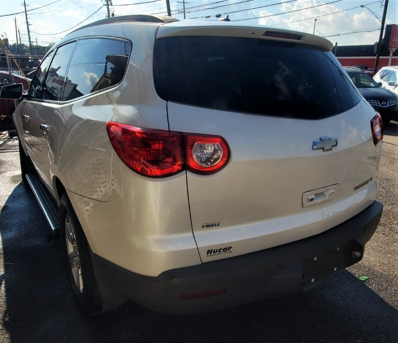 Used Chevrolet Traverse AWD 4dr LT w/2LT 2012 | Temple Hills Used Car. Temple Hills, Maryland