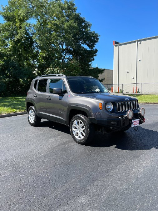 Used Jeep Renegade 4WD 4dr Latitude 2016   A-Tech. Medford, Massachusetts