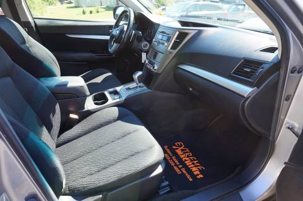 Used Subaru Outback 4dr Wgn H4 Auto 2.5i Prem AWP 2011 | Extreme Machines. Bow , New Hampshire