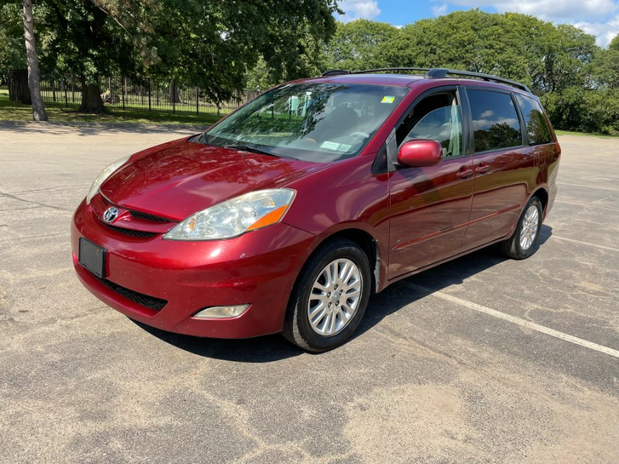 Used Toyota Sienna 5dr 7-Passenger Van XLE FWD (Natl) 2007   Cars With Deals. Lyndhurst, New Jersey