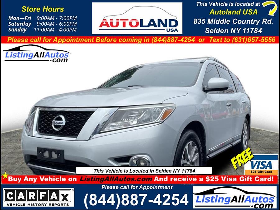 Used Nissan Pathfinder  2014   www.ListingAllAutos.com. Patchogue, New York