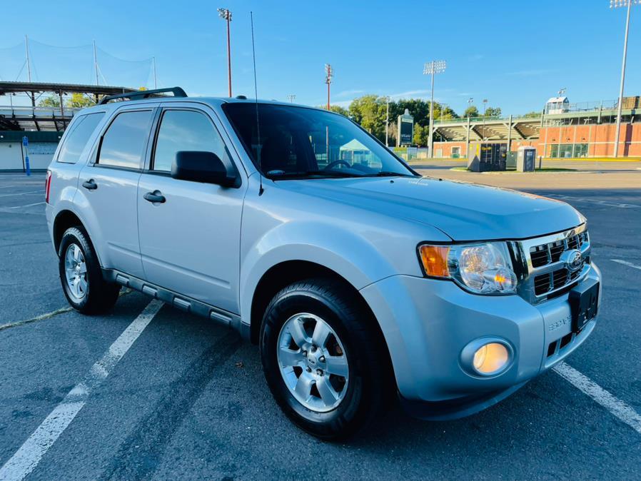 Used Ford Escape 4WD 4dr XLT 2012   Supreme Automotive. New Britain, Connecticut
