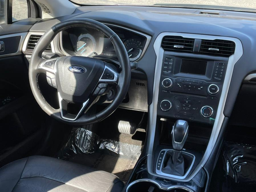 Used Ford Fusion 4dr Sdn SE FWD 2015   Green Light Auto. Corona, California