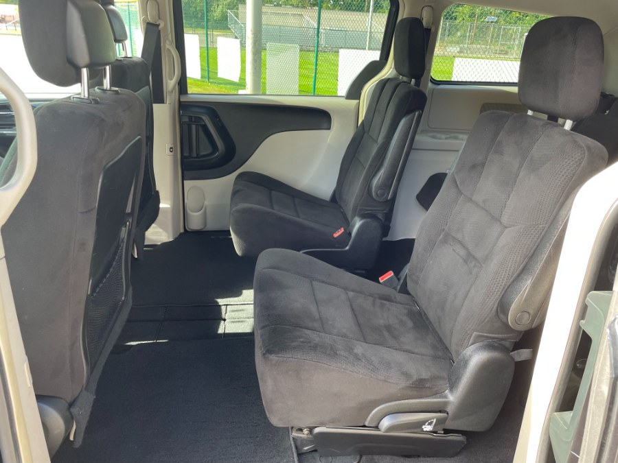 Used Dodge Grand Caravan 4dr Wgn Crew 2012   Cars With Deals. Lyndhurst, New Jersey