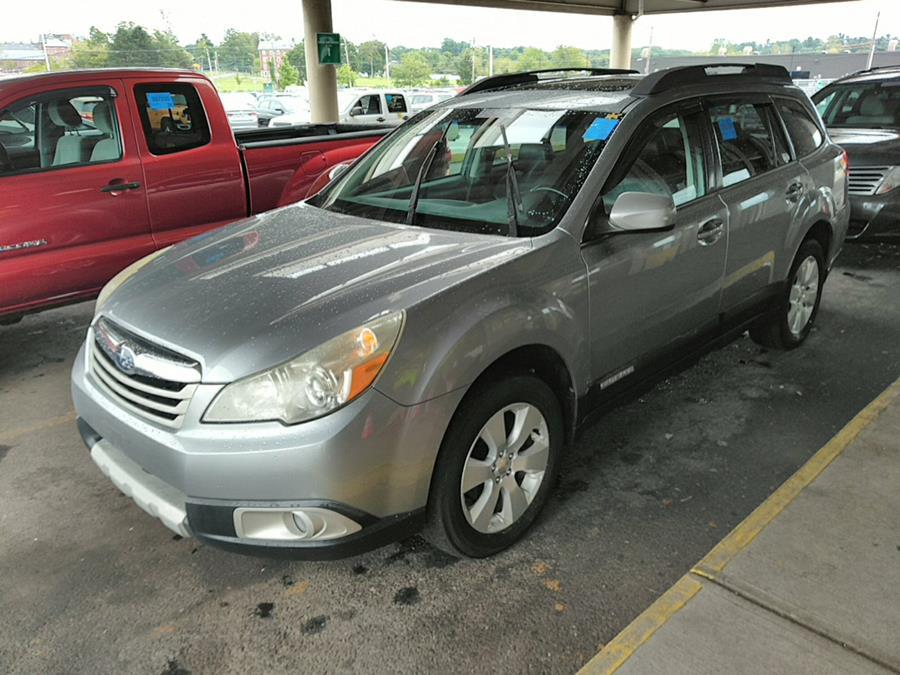 Used 2010 Subaru Outback in Brooklyn, New York | Atlantic Used Car Sales. Brooklyn, New York