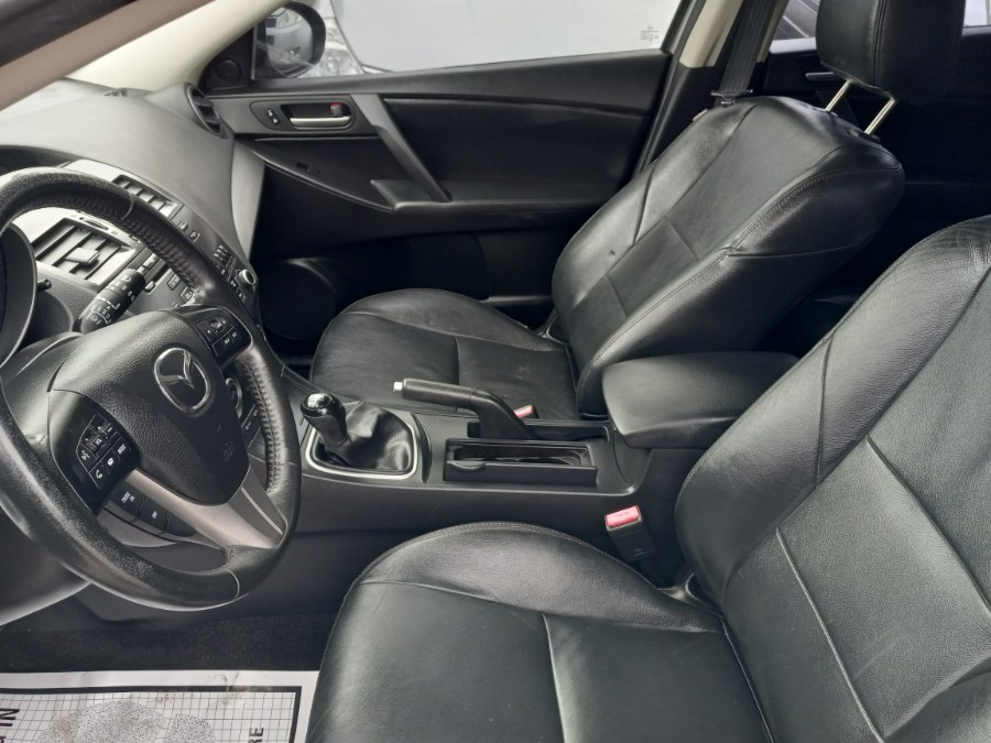 Used Mazda Mazda3 5dr HB Auto i Touring 2013 | Romaxx Truxx. Patchogue, New York