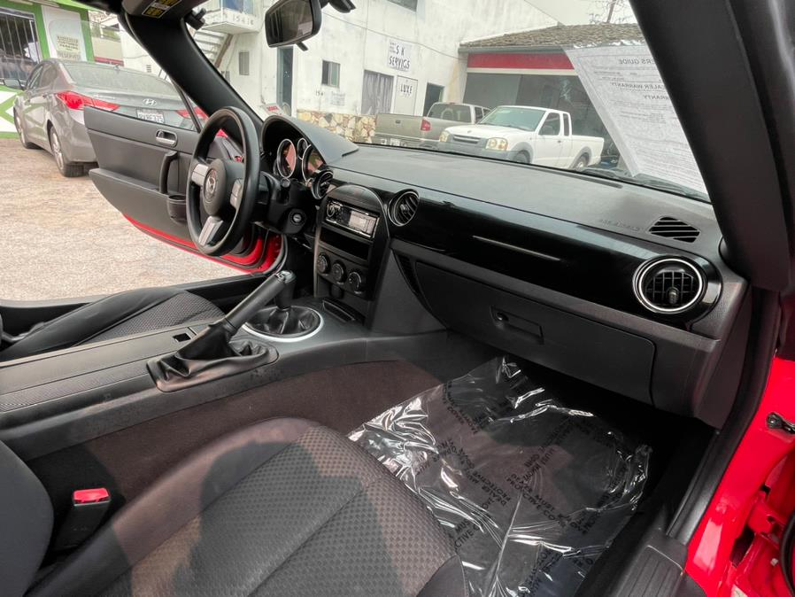 Used Mazda MX-5 Miata 2dr Conv Sport Manual 2006   Green Light Auto. Corona, California