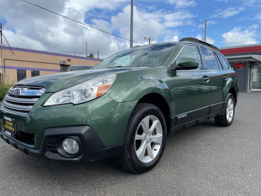 Used Subaru Outback 4dr Wgn H4 Auto 2.5i Premium 2013 | Auto Store. West Hartford, Connecticut