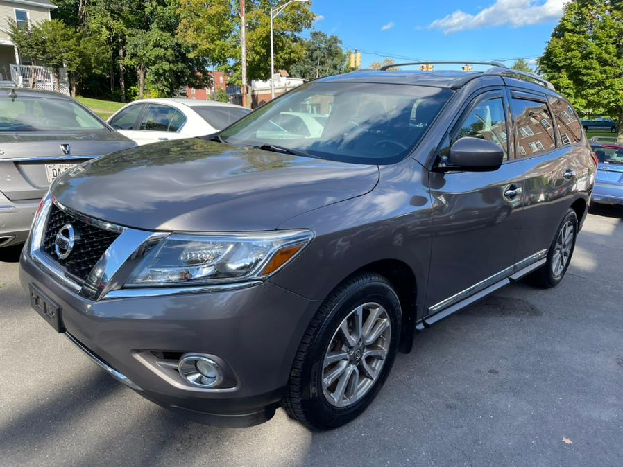 Used 2014 Nissan Pathfinder in New Britain, Connecticut   Central Auto Sales & Service. New Britain, Connecticut