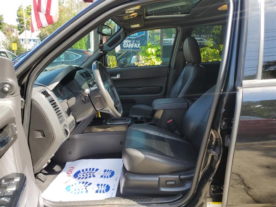 Used Ford Escape 4WD 4dr Limited 2012 | Melrose Auto Gallery. Melrose, Massachusetts