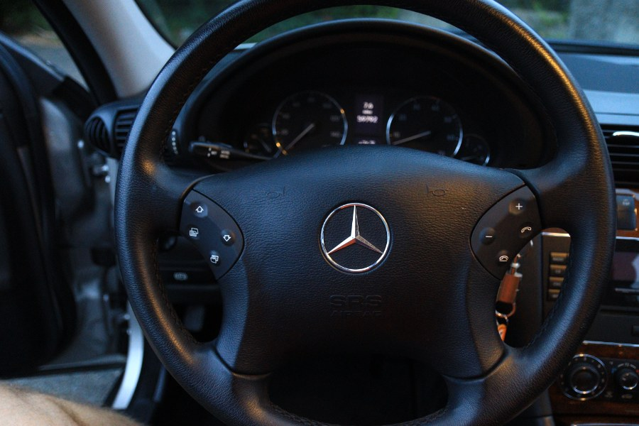 Used Mercedes-Benz C-Class 4dr Sdn 3.0L Luxury 4MATIC 2007   Performance Imports. Danbury, Connecticut
