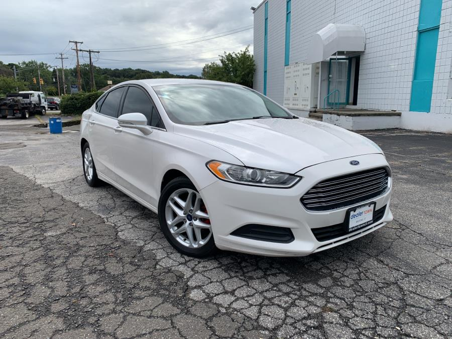 Used Ford Fusion 4dr Sdn SE FWD 2016   Dealertown Auto Wholesalers. Milford, Connecticut