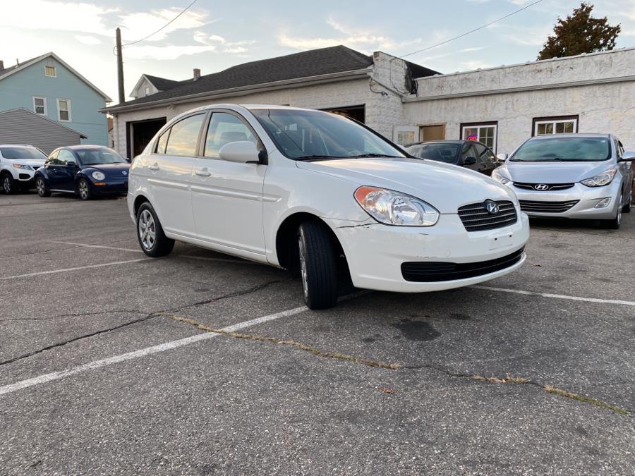 Used Hyundai Accent 4dr Sdn Auto GLS 2009   Absolute Motors Inc. Springfield, Massachusetts