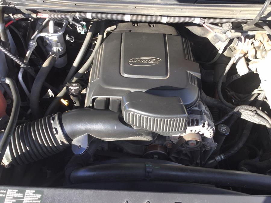 "Used Chevrolet Silverado 3500HD 4WD Reg Cab 133.7"" Work Truck 2013 | L&S Automotive LLC. Plantsville, Connecticut"