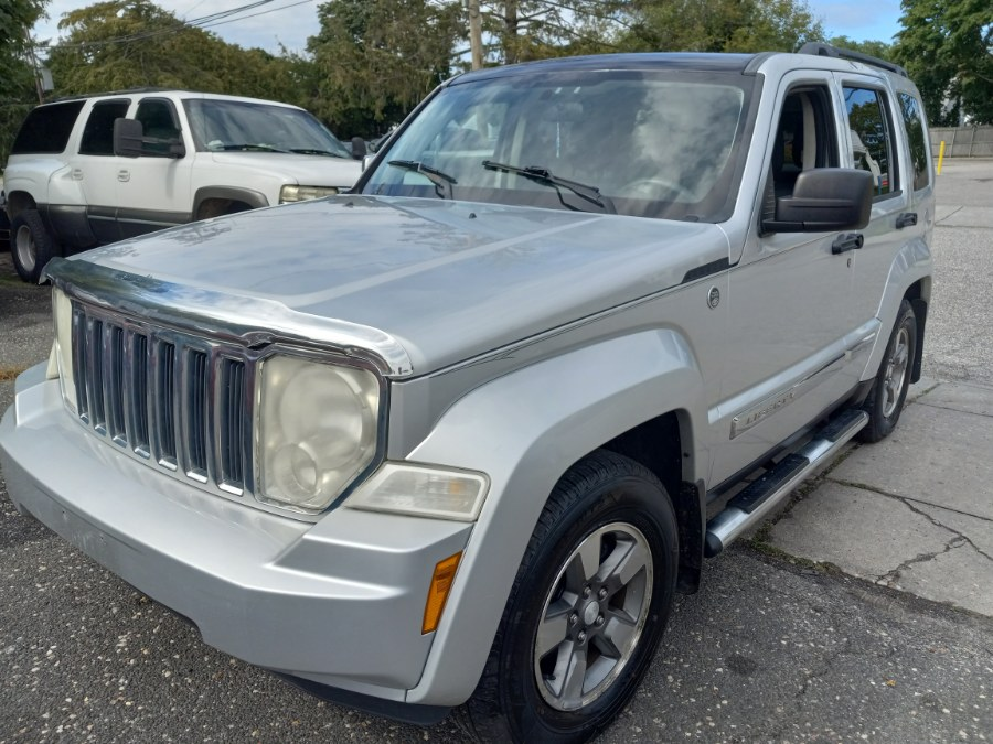 Used 2008 Jeep Liberty in Patchogue, New York | Romaxx Truxx. Patchogue, New York