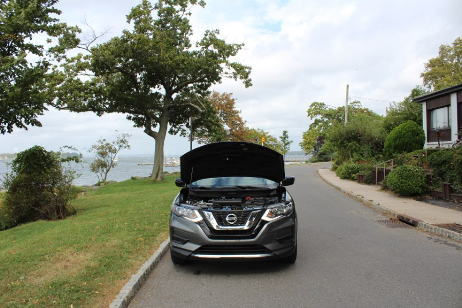 2017 Nissan Rogue AWD SV, available for sale in Great Neck, NY