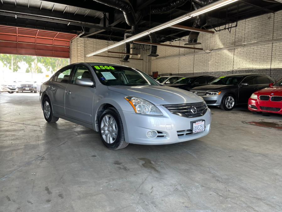 Used 2011 Nissan Altima in Garden Grove, California | U Save Auto Auction. Garden Grove, California
