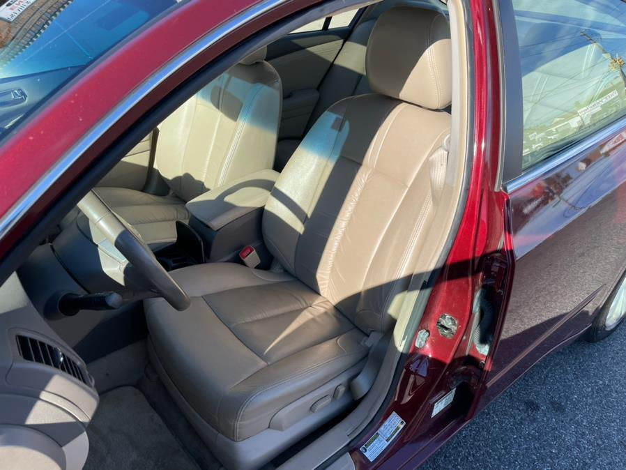 2010 Nissan Altima 4dr Sdn V6 CVT 3.5 SR, available for sale in Brooklyn, NY