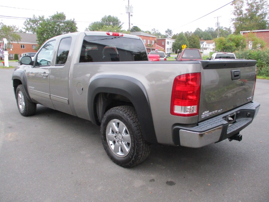 """Used GMC Sierra 1500 4WD Ext Cab 143.5"""" SLT 2013 