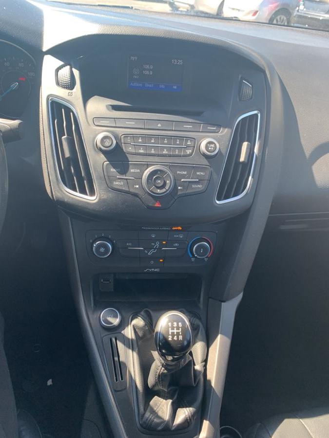 Used Ford Focus 4dr Sdn SE 2016   Diamond Auto Cars LLC. Vernon, Connecticut