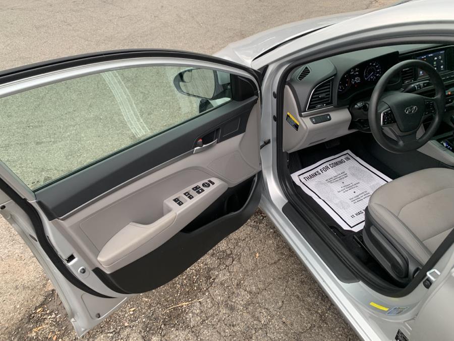 Used Hyundai Elantra SE 2.0L Auto (Alabama) 2018 | Auto Haus of Irvington Corp. Irvington , New Jersey