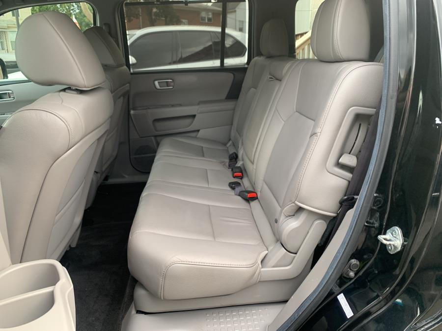 Used Honda Pilot 4WD 4dr Touring w/RES & Navi 2012 | Auto Haus of Irvington Corp. Irvington , New Jersey