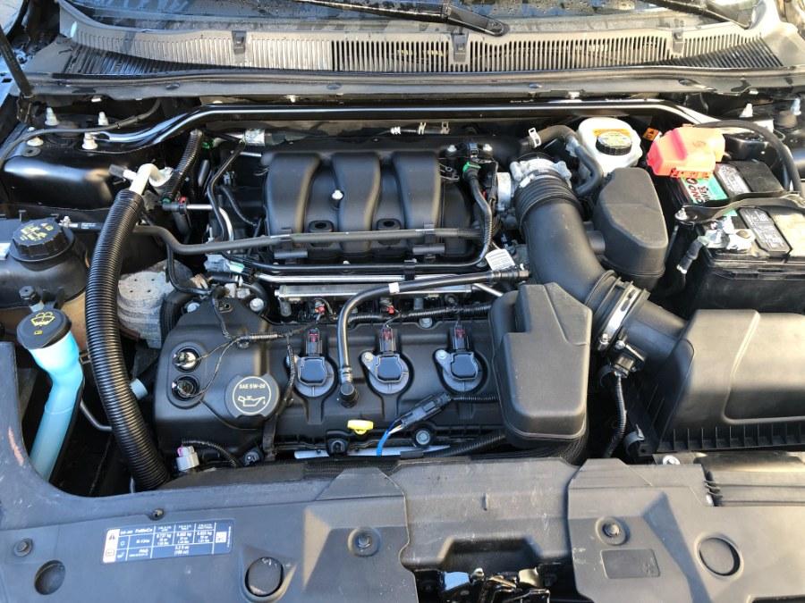 Used Ford Taurus 4dr Sdn SEL FWD 2015 | Bristol Auto Center LLC. Bristol, Connecticut