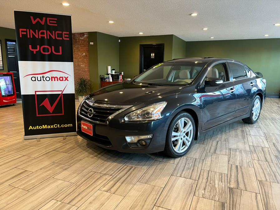 Used 2015 Nissan Altima in West Hartford, Connecticut | AutoMax. West Hartford, Connecticut