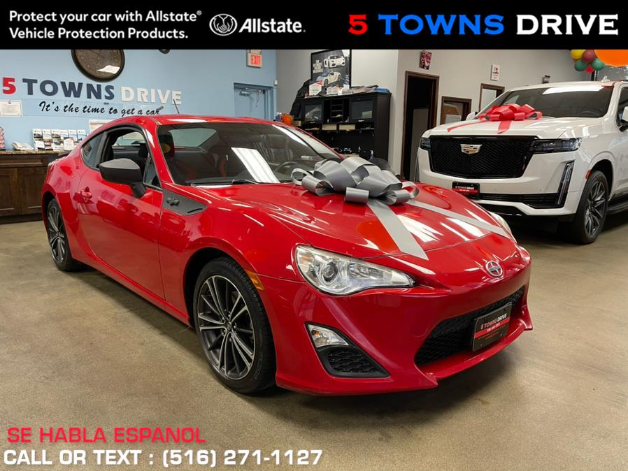 Used Scion FR-S 2dr Cpe Man 10 Series (Natl) 2013 | 5 Towns Drive. Inwood, New York