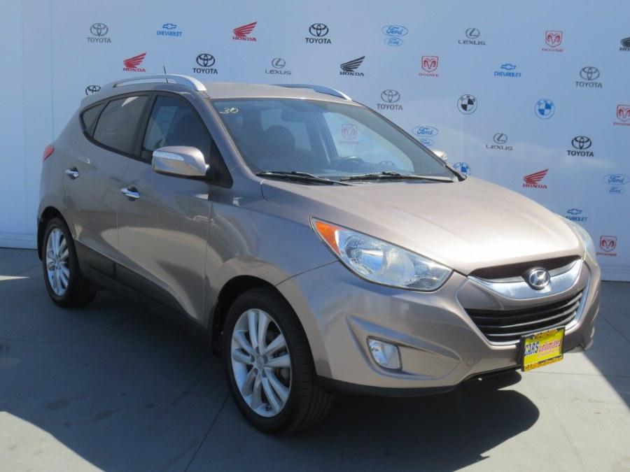 Used 2011 Hyundai Tucson in Santa Ana, California | Auto Max Of Santa Ana. Santa Ana, California