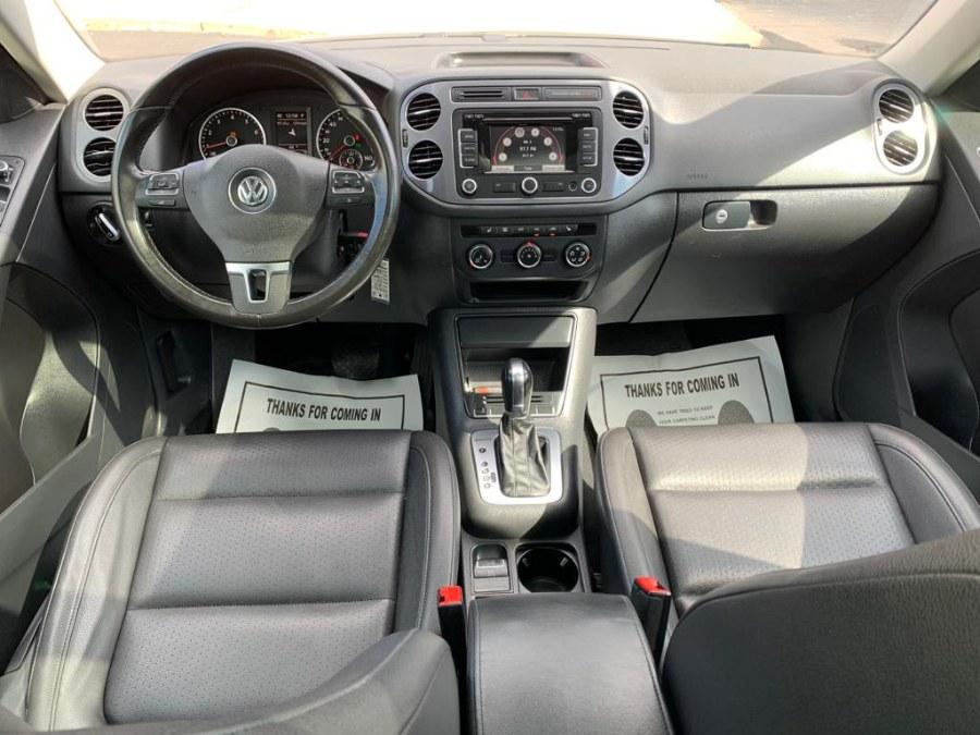 Used Volkswagen Tiguan 4WD 4dr Auto SEL *Ltd Avail* 2013   A-Tech. Medford, Massachusetts