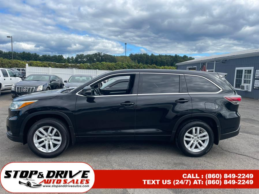 Used Toyota Highlander AWD 4dr V6 LE (Natl) 2015 | Stop & Drive Auto Sales. East Windsor, Connecticut
