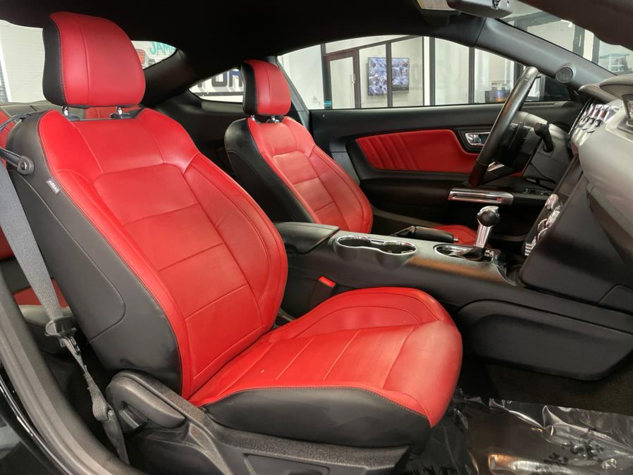 Used 2017 Ford Mustang in Hollis, New York | Jamaica 26 Motors. Hollis, New York