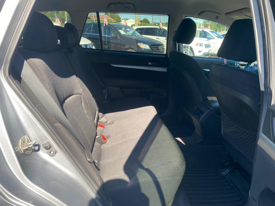 Used Subaru Outback 4dr Wgn H4 Auto 2.5i Premium 2012   Rite Cars, Inc. Lindenhurst, New York