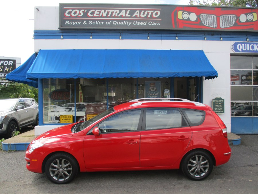 Used 2012 Hyundai Elantra Touring in Meriden, Connecticut | Cos Central Auto. Meriden, Connecticut