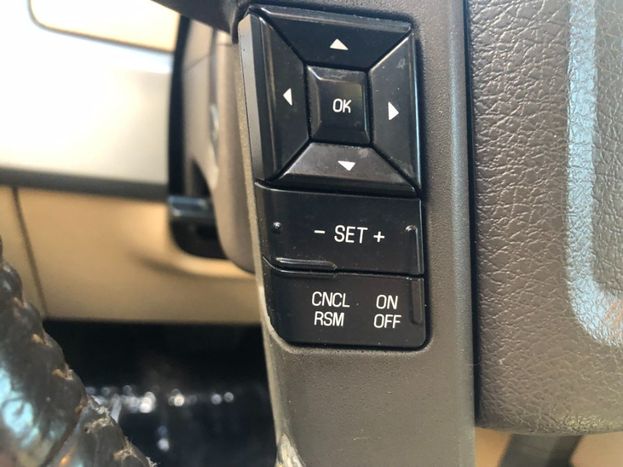 "Used Ford F-150 4WD SuperCrew 145"" Lariat 2011 | Bristol Auto Center LLC. Bristol, Connecticut"