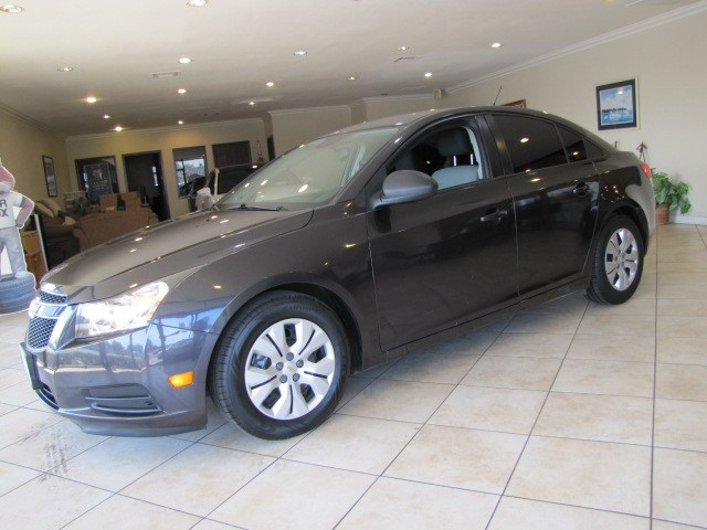 Used Chevrolet Cruze 4dr Sdn Auto LS 2014 | Auto Network Group Inc. Placentia, California