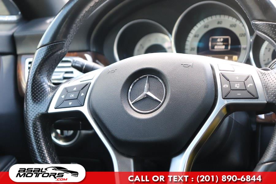 Used Mercedes-Benz CLS-Class 4dr Sdn CLS550 4MATIC 2012 | Asal Motors. East Rutherford, New Jersey