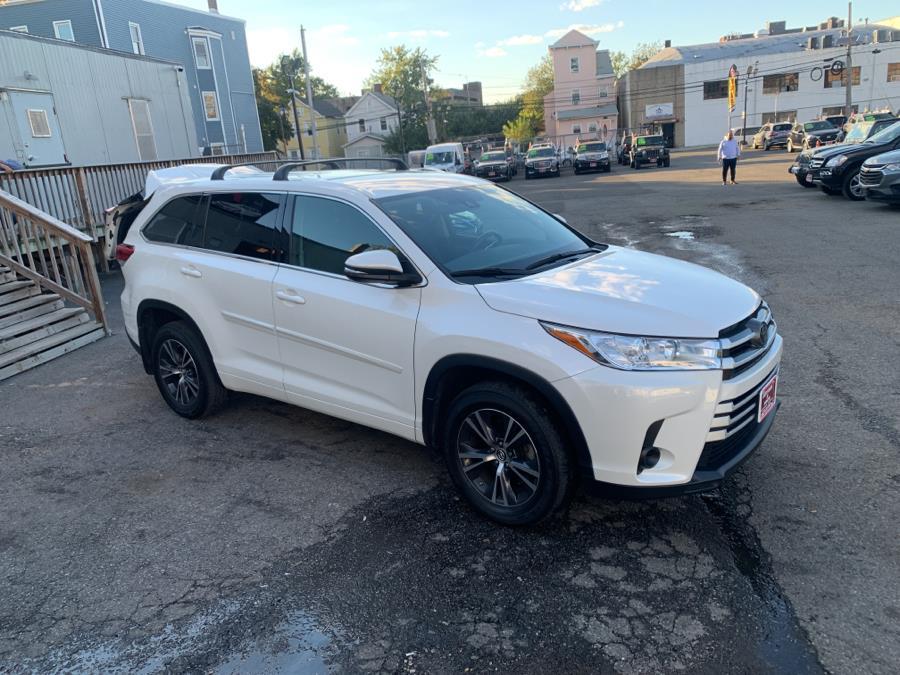 Used Toyota Highlander LE V6 AWD (Natl) 2018   Auto Haus of Irvington Corp. Irvington , New Jersey