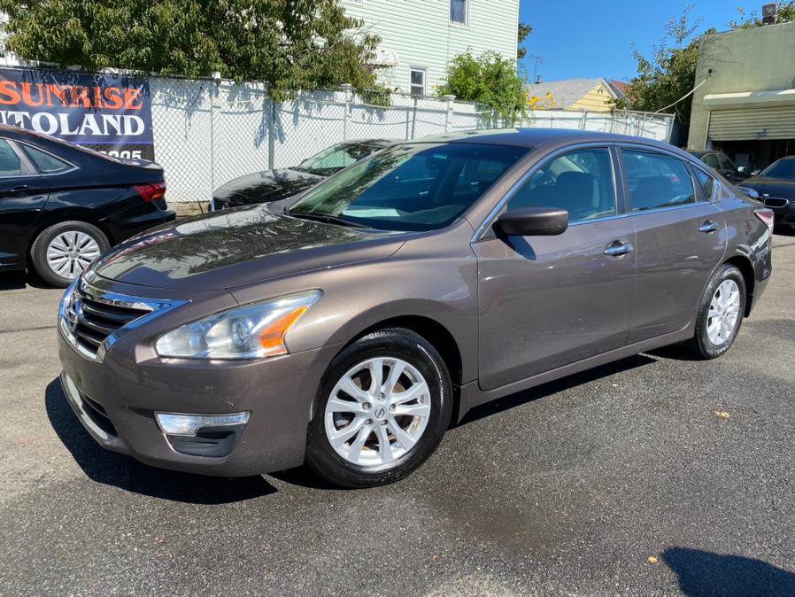 Used Nissan Altima 4dr Sdn I4 2.5 S 2014 | Sunrise Autoland. Jamaica, New York