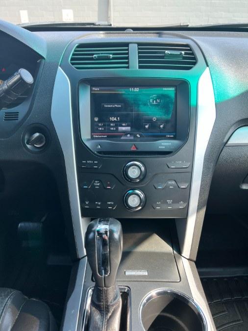 Used Ford Explorer 4WD 4dr XLT 2011   A-Tech. Medford, Massachusetts
