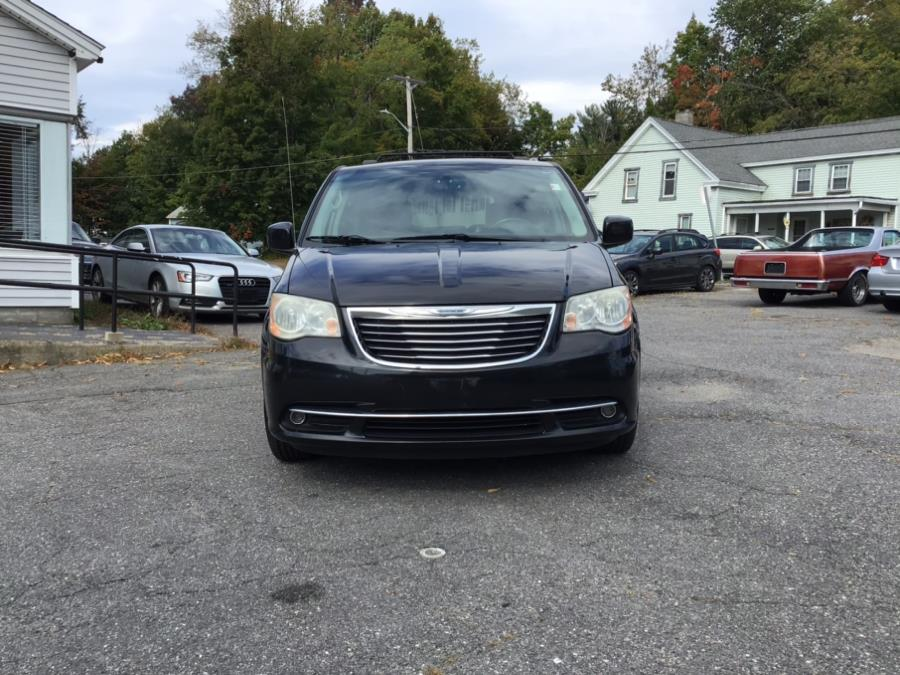Used Chrysler Town & Country 4dr Wgn Touring 2014   Olympus Auto Inc. Leominster, Massachusetts