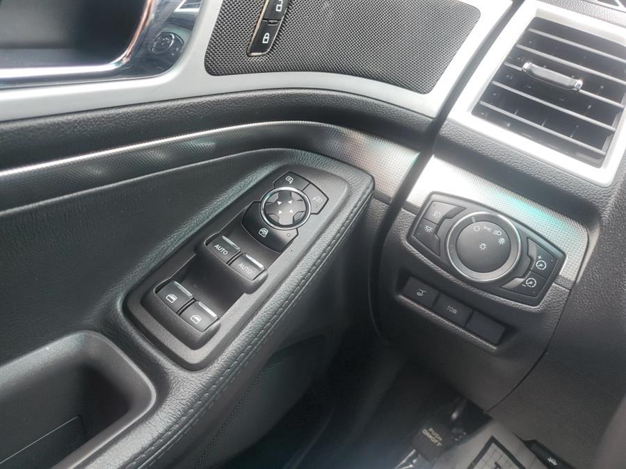 Used Ford Explorer 4WD 4dr Sport 2013   Melrose Auto Gallery. Melrose, Massachusetts
